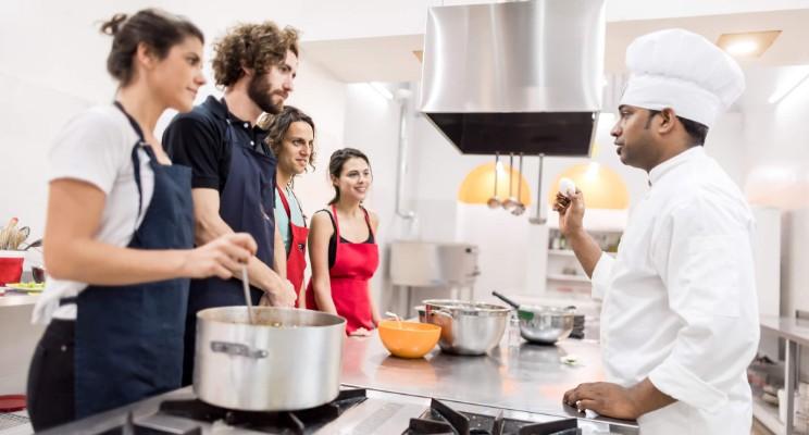 ¿Qué aprendes en un curso de cocina rápida?