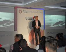 Enric Sala anticipa el mañana e invita a los alumnos de Aliat a hacer consciencia por la conservación de los mares