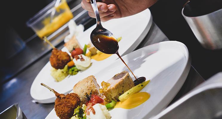 ¿Cómo obtener bases culinarias para ser un buen Chef?